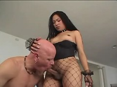 Asian shemale gets blowjob from guy